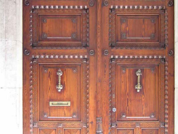 Door 032